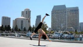 Breakdancer sulla via Immagine Stock Libera da Diritti