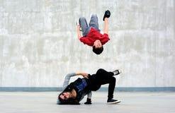 Breakdancers auf der Straße Stockbild