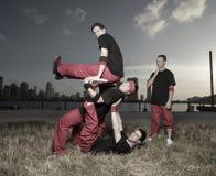 breakdancersbildande royaltyfri fotografi