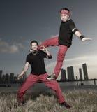 breakdancersbildande royaltyfri foto