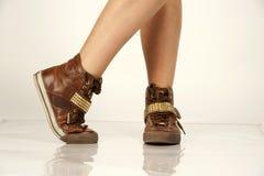 Breakdancing skor i studio Arkivfoton