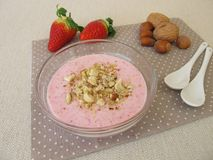 Breakfast cottage cheese with strawberries and nuts Royalty Free Stock Photography