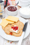 Breakfast with crackers, cheese, cream jam Stock Photography
