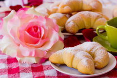 Breakfast croissant and coffee - brioches Royalty Free Stock Images