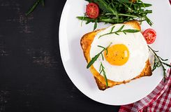 Free Breakfast. French Cuisine. Croque Madame Sandwich Close Up On The Table. Stock Photo - 162922110