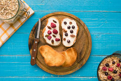 Breakfast of french toast with fresh berries Royalty Free Stock Images