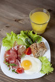 Breakfast. Healthy meat, egg and vegetables snack Stock Photography