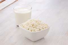 Breakfast of milk and cottage cheese Royalty Free Stock Photography