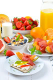 Breakfast with mixed fruit Stock Photography