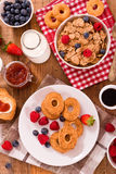 Breakfast with wholegrain cereals. Royalty Free Stock Photos
