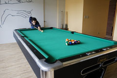 Breaking. Off in a game of pool Royalty Free Stock Photos