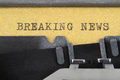 Breaking News written on an old typewriter Royalty Free Stock Image