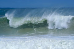 Breaking wave Royalty Free Stock Photo