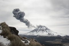 Breath. Volcanic activity and a column of ashes and smoke of Popocatepetl volcano Stock Photography