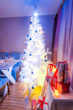 Breathtaking Christmas table setting with Christmas tree Royalty Free Stock Photos