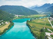 Breathtaking dukt od trutnia przy Najwięcej na Soci, Slovenia obrazy royalty free