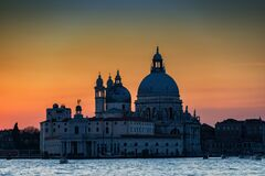 Free Breathtaking Sunset Over The Lagoon Of Venice Stock Photography - 168923852