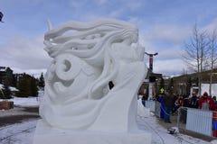 Breckenridge, Колорадо, США: 28-ое января 2018: Секретная скульптура снега командой Монголией Стоковое Изображение