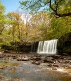 Brecon guida il paese della cascata del parco nazionale fotografie stock