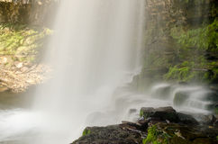 Brecon vattenfall 1 Arkivfoto