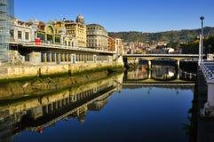 Bred flodmynning av Bilbao, Spanien Royaltyfria Bilder