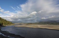 Bred flodmynning på Portmeirion Royaltyfria Foton
