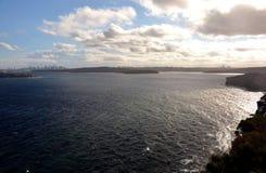 Bred panoramautsikt för Sydney Harbour havvatten Royaltyfri Fotografi
