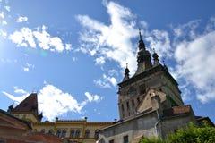 Bred sikt av den Sighisoara citadelen, Rumänien. Fotografering för Bildbyråer