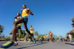 Bred vinkel för maratonlöpare ultra Arkivbilder