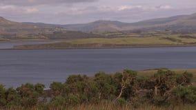 Breda landskap i floder i Irland arkivfilmer