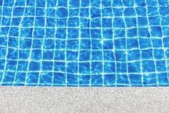 Bredvid simbassängbakgrund fotografering för bildbyråer