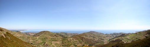 Breed Mediterraan Landschap stock afbeeldingen