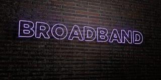BREEDBAND - Realistisch Neonteken op Bakstenen muurachtergrond - 3D teruggegeven royalty vrij voorraadbeeld stock illustratie