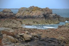 Brehat wyspa Fala na morzu przy zmierzchem Zdjęcie Royalty Free