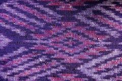 Breit de Thaise naadloze de zijdestof van het zijdepatroon de achtergrond van de patroontextuur Stock Afbeelding