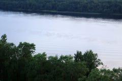 Breiter Fluss Stockfotografie