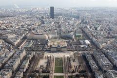 Breiter Panoramablick von Paris von der Höhe des Elven-Turms Stockbild