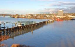 Breiter Schuss von Drehbrücke und von Demolierung Marpole Lizenzfreie Stockfotografie