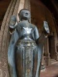 Breiteres Niedrigwinkelfoto des Laotianers Buddha Lizenzfreie Stockbilder