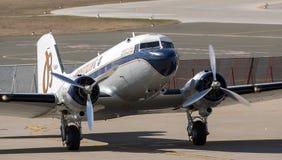 Breitling DC-3飞机在萨格勒布 免版税库存照片