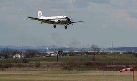 Breitling DC-3 flygplan i Zagreb Arkivbilder