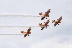 Breitling Wingwalkers & x28;AeroSuperBatics& x29; in Boeing-Stearman Model Royalty Free Stock Images