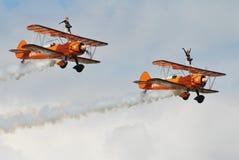 Breitling Wingwalking显示小组 免版税库存图片