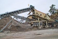brekke的石击碎的工厂挖掘工厂3 库存照片
