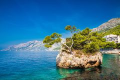 Brela-Felsen, Makarska Riviera Stockbild