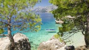 Brela sur Makarska la Riviera, Dalmatie, Croatie Photographie stock libre de droits