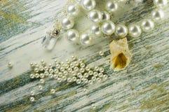 Breloczka, seashell i ampuły perły Zdjęcie Stock