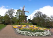 Bremen - windmolen in het park - IV - Royalty-vrije Stock Foto's