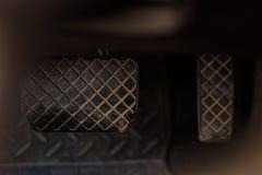 Bremse und Gaspedal lizenzfreie stockfotografie