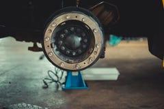 Bremsscheibe ohne Räder lizenzfreie stockbilder